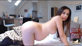 Best Pregnant Amateur Girl From WebCamHolic.Com with The Sexiest Preggo Belly Ever